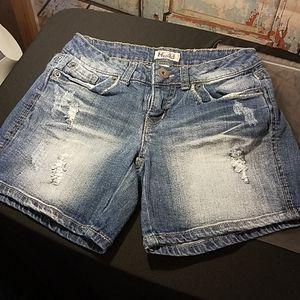 Mudd shorts  size 3